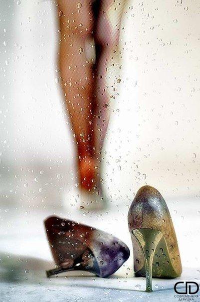 Женщина может любить так, как будто никогда не уйдет. Но может наступить такой д...