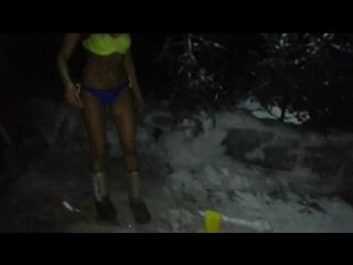 Как-то поздним вечерком девушка купалась :) МОРОЗЫ#ЛЮБЛЮ♡