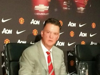 Louis Van Gaal First Press Conference as Manchester United Manager [FULL PRESS] 2014