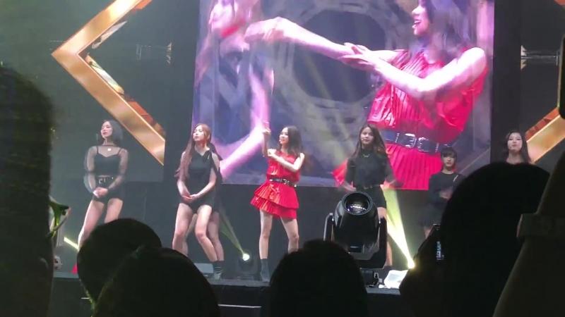 20180720 CLC Live Show in Hong Kong - Black Dress - 5. Black Suit 슈퍼주니어 (OP SUPER JUNIOR)
