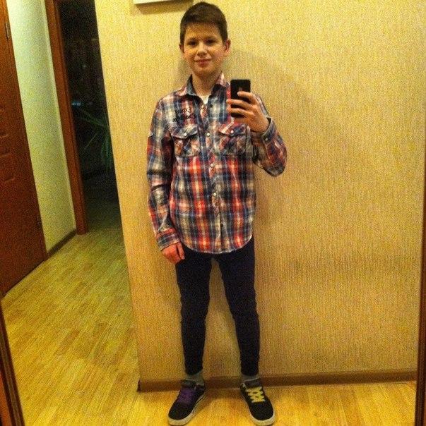 [id224664124|Александр Андреев]  Симпатичный, общительный мальчик.Не м