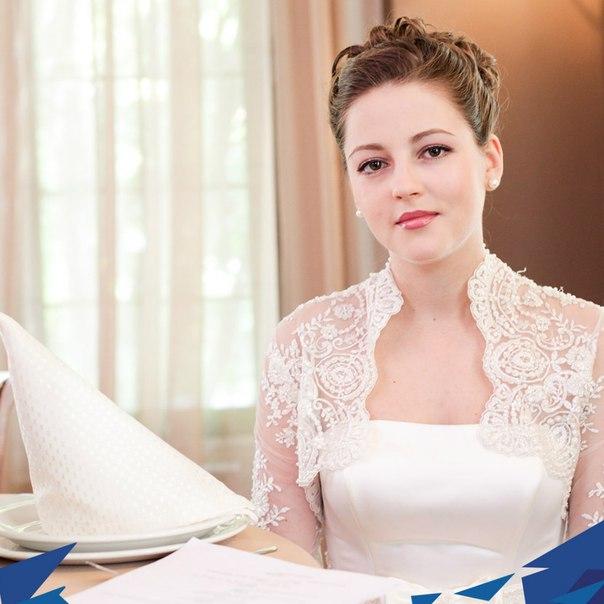 Анна михайловская беременна в молодежке 93
