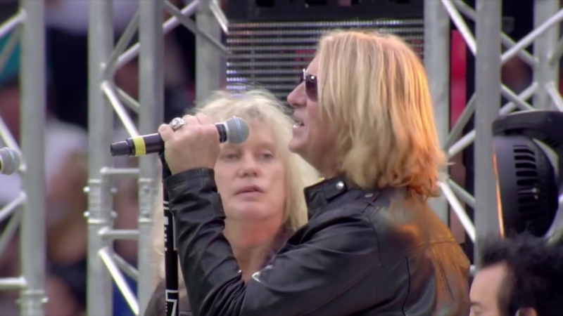 DEF LEPPARD NFL Pre Game Official Performance London' 2014