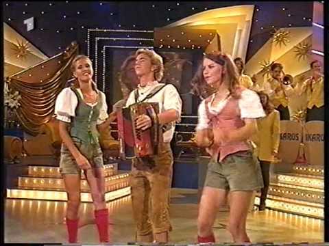 HQ Florian Silbereisen links a Madl rechts a Madl 17 07 2000 Die Goldene 1 Hitparade