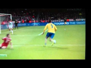 LUCAS PODOLSKI  Amazing Goal (1-1) HD | Bayern München VS Arsenal Champions League 2014