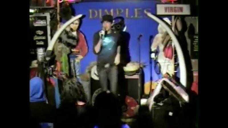 Adam Lambert at Dimples singing karaoke Red House Blues (360p)