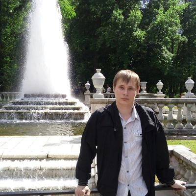Денис Татаринов