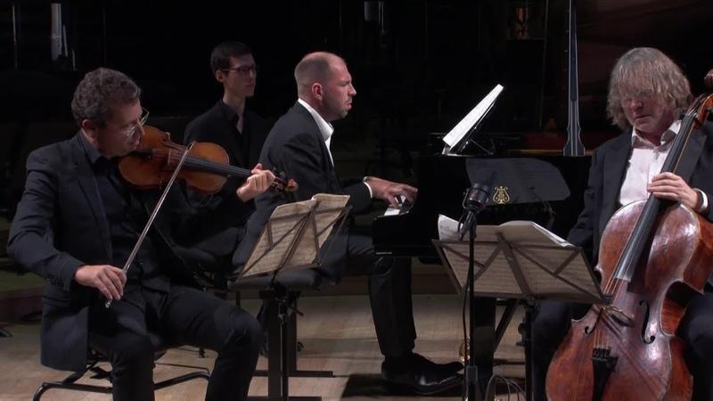 Rachmaninov : Trio élégiaque pour piano, violon et violoncelle n°2 op.9 (A. Kniazev / A. Korobei...