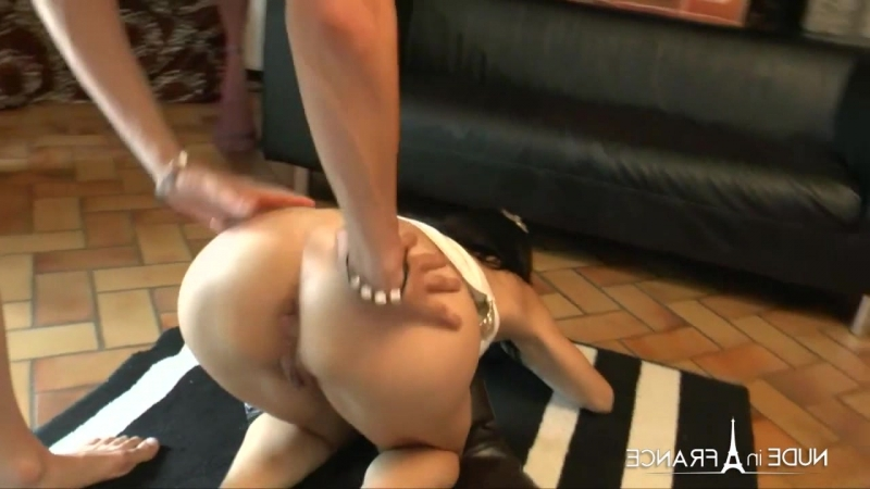 Naughty mature gets her tiny asshole fucked