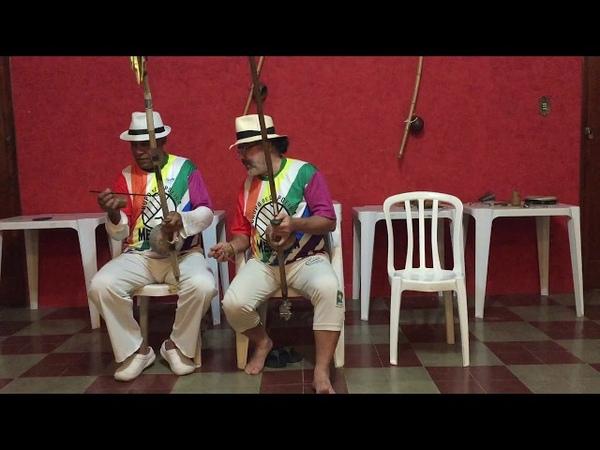 UNICAPOEIRA: Meia Lua - 26abr62. Clube Cultural Tiguera, JF. Mestres Polêmico e Professor. 02jul18