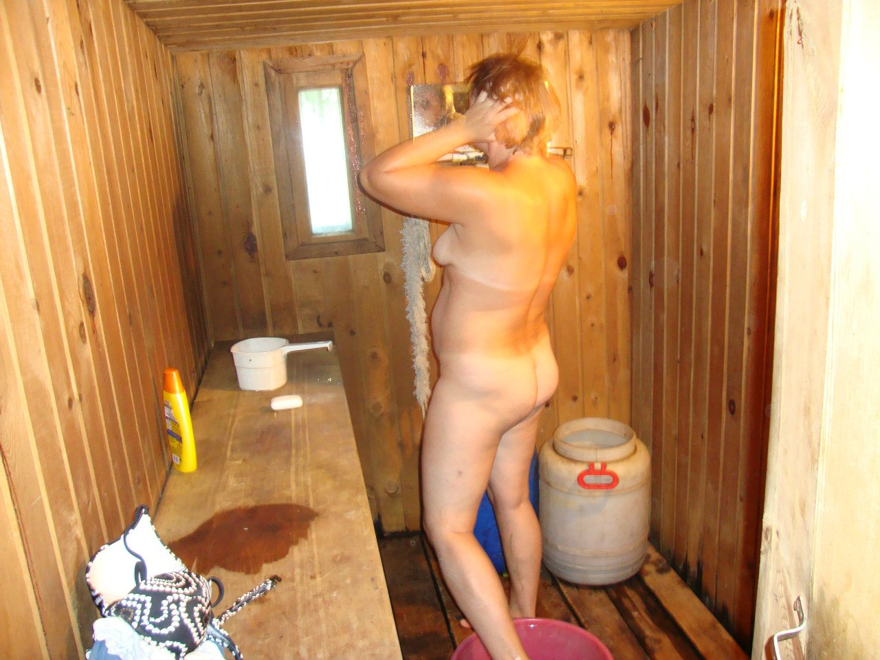 Фото интим в общественной бане 1 фотография