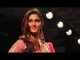 Vaani Kapoor On Ramp For Payal Singhal @ LFW Winter Festive 2014 !